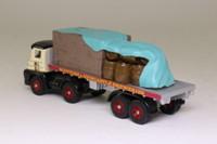 Trackside DG150002; Foden S21 Artic; Twin Axle Flatbed, Scottish & Newcastle, Crates Load