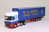 Oxford Diecast DAF08CS; DAF XF Artic; Curtainside; RA Howie, Aberdeen Scotland