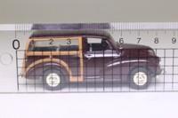 Vanguards VA10001; Morris Minor Traveller; Maroon