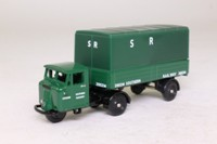 Trackside DG199006; Scammell Mechanical Horse; Artic Horse Box, Southern Railway