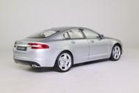 Welly 22497W; Jaguar XF; Metallic Silver