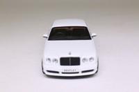 Minichamps 436 139031; Bentley Continental GT; 2007 Brooklands, Linea Bianco No.9