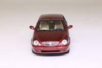 Solido; 2000 Lancia Lybra; Metallic Red