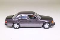 Minichamps 3230; 1992 Mercedes-Benz 400E; Dark Lavender Grey