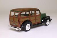 National Motor Museum Mint 75360; 1940 Ford Woody Wagon; Dark Green, Opening Doors