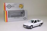 Gama 1198; Opel Kadett; GLS, White