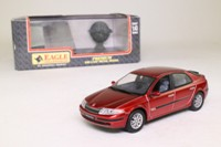 Universal Hobbies 2155; 2001 Renault Laguna Hatchback; Dynamique, V6 24v, Metallic Red