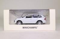 Minichamps 436 066270; Porsche Cayenne; 2007 Turbo, White