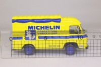 Altaya 00; Renault Saviem SG2 Van; Michelin Competition