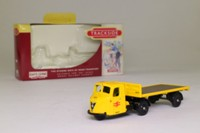 Trackside DG148004; Scammell Scarab; Artic Flatbed, Railfreight