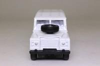 Corgi Classics 57901; Land-Rover Series 3 Station Wagon; Hong Kong Military Police