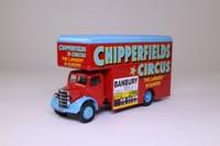 Corgi Classics 97092; Bedford O Series Pantechnicon; Chipperfields Circus; Billy Smee Wardobe