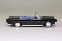 James Bond Lincoln Continental Convertible; Open Top, Goldfinger; Universal Hobbies 132