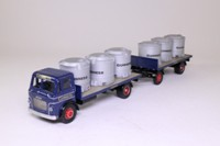 Corgi Classics 24901; Leyland Mouthorgan Cab; 4 Wheel Flatbed with Trailer, Guinness, Vats Load