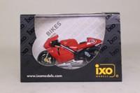 IXO RAB033; Yamaha YZR-M1 Motorcycle; 2002, Max Biaggi, RN3