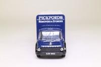 Corgi Classics 22701; Bedford TK; Box Van; Pickfords Removers & Storers