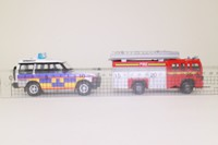 Motor Max 76017; London Vehicle Set; Met Police Discovery & Fire Engine