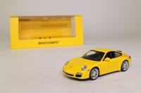 Minichamps 436 066420; 2008 Porsche 911 Carrera 4S (997); Yellow