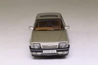 Vanguards VA09801; Vauxhall Cavalier Mk II; Champagne Platinum
