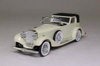Rio 61; Hispano Suiza Coupe de Ville 1932; White With Black Hood