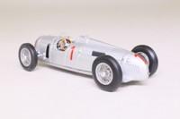 Minichamps 410 351900; Auto Union Typ B Grand Prix; 1935 German GP; Hans J Stuck; RN1