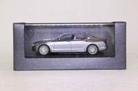 Paragon Models 40559; 2015 BMW 7 Series (G12); Arctic Grey