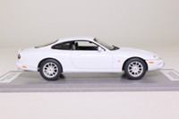 Auto Art 53622; 1998 Jaguar XK8R Supercharged; White