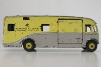 Dinky Toys 979; AEC Horse Box; Racehorse Transport, Newmarket
