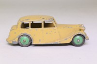 Dinky Toys 151; Triumph 1800; Fawn, Green Hubs