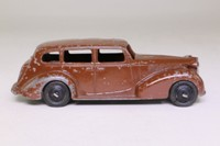 Dinky Toys 39a; Packard Super 8; Brown