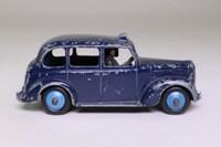 Dinky Toys 40H; Austin Taxi Cab; Dark Blue, Black Base