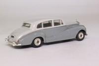Dinky Toys 150; Rolls-Royce Silver Wraith; Light Grey over Dark Grey