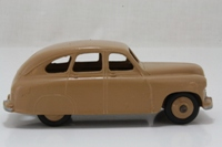 Dinky Toys 153; Standard Vanguard; Fawn, Fawn Hubs, Closed Rear Wheel Arches
