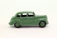 Dinky Toys 152; Austin Devon Saloon; Suede Green, Green Hubs