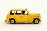 Dinky Toys 254; Austin Taxi Cab; Yellow, Black Base, Yellow Hubs