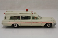 Dinky Toys 263; Superior Criterion Ambulance