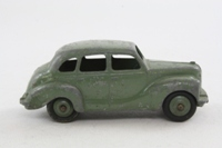 Dinky Toys 40d; Austin Devon Saloon; Grey-Green