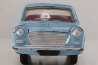 Dinky Toys 140; Morris 1100 Saloon; Light Blue