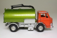 Dinky Toys 551; Ford D Series Johnson Road Sweeper