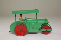Dinky Aveling-Barford Diesel Roller (First version) 25p/251