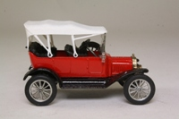 Corgi Classics C863; 1915 Ford Model T Tourer; Red, White Soft Top