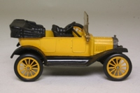 Corgi Classics C863; 1915 Ford Model T; Open Top, Yellow, Black Chassis