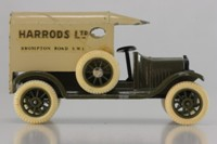 EF-107.0 - 1919 Ford Model T Advert/Ambulance