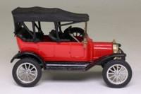 Corgi Classics C863; 1915 Ford Model T Tourer; Red, Black Hood