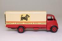 Dinky Toys 514; Guy Box Van; Spratts