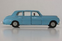Dinky Toys 152; Rolls-Royce Phantom V; Light Blue, Chauffeur Only, Cast Hubs