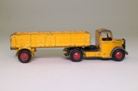 Dinky Toys 409; Bedford Articulated Truck; Deep Yellow, Black Wings, Red Hubs