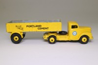 Dinky Toys 424; Commer Convertible Articulated Truck