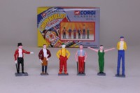 Six Chipperfields Circus Figures
