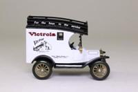 Corgi Classics 97469; 1915 Ford Model T Van; Victrola Phonograph